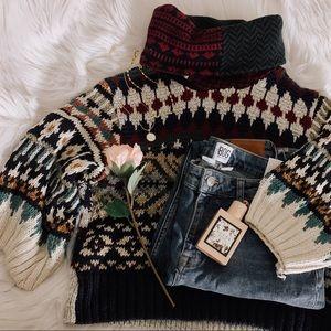 Urban Renewal Patterned Crop Sweater SZ M